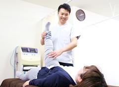 宇治市 杉田鍼灸整骨院の施術風景